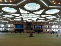 حذف نردههای جداکننده مردم و مسئولان در نماز جمعه تهران +عکس