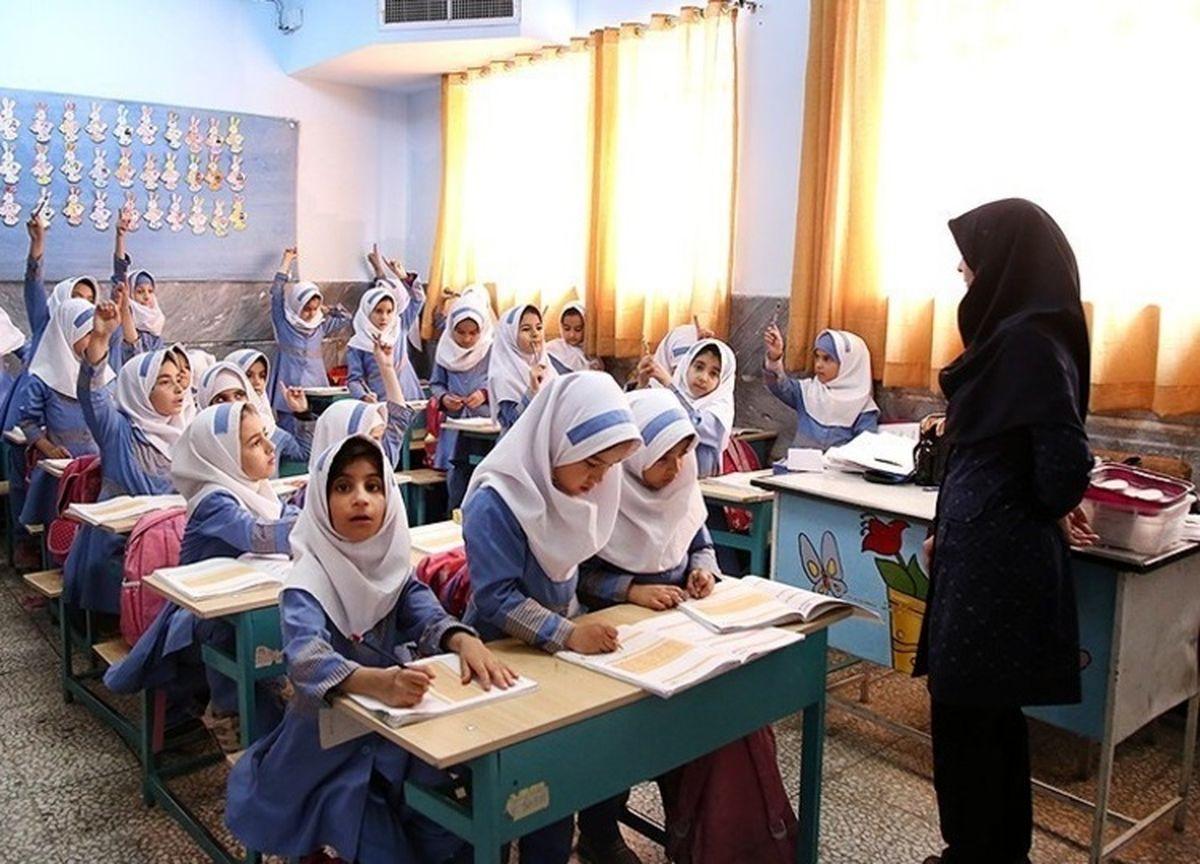 احتمال احتساب سوابق معلمان غیردولتی در آزمون استخدامی؟