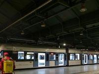 ضدعفونی واگنهای مترو برای جلوگیری از شیوع کرونا +تصاویر