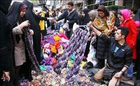 بازار شب عید دستفروشان از رونق افتاد