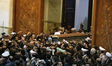 مراسم خاکسپاری پیکر آيتالله هاشمیرفسنجانی در مرقد مطهر امام (ره)