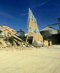 تخریب کارخانه آرد شهرک صنعتی سرپل ذهاب +تصویر
