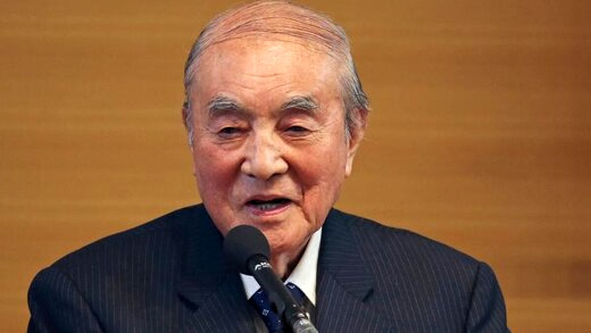 نخستوزیر اسطورهای ژاپن درگذشت