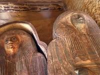 کشف مقبره ۴۵۰۰ساله در مصر +عکس