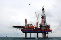 حفاری نفت در خزر به دستور زنگنه متوقف شد