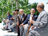 ایران پیر میشود