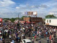 جنجال در آمریکا درپی قتل یک سیاهپوست توسط پلیس +تصاویر