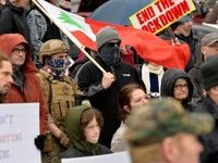 معترضان به قرنطینه در آمریکا دوباره به خیابانها آمدند