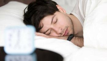۶ حرکت کششی برای خواب راحت
