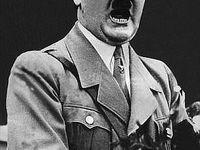 اعلام علت مرگ هیتلر بعد از ۷۳ سال