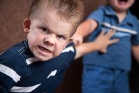 کنترل خشم را به فرزندان خود بیاموزیم