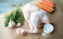 نگهداری و مصرف مرغ چگونه بیمارتان میکند؟