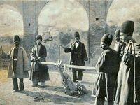 فلککردن یک دزد در دوره قاجار +عکس