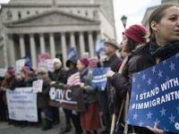 حکم جنجالی دادگاه عالی آمریکا علیه پناهجوها