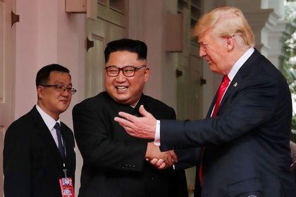 اولین تصاویر منتشر شده از دیدار ترامپ و اون در سنگاپور