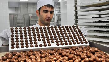 شکلات یا فرآورده کاکائویی؟