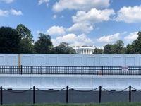 دیوارکشی دور کاخ سفید +عکس