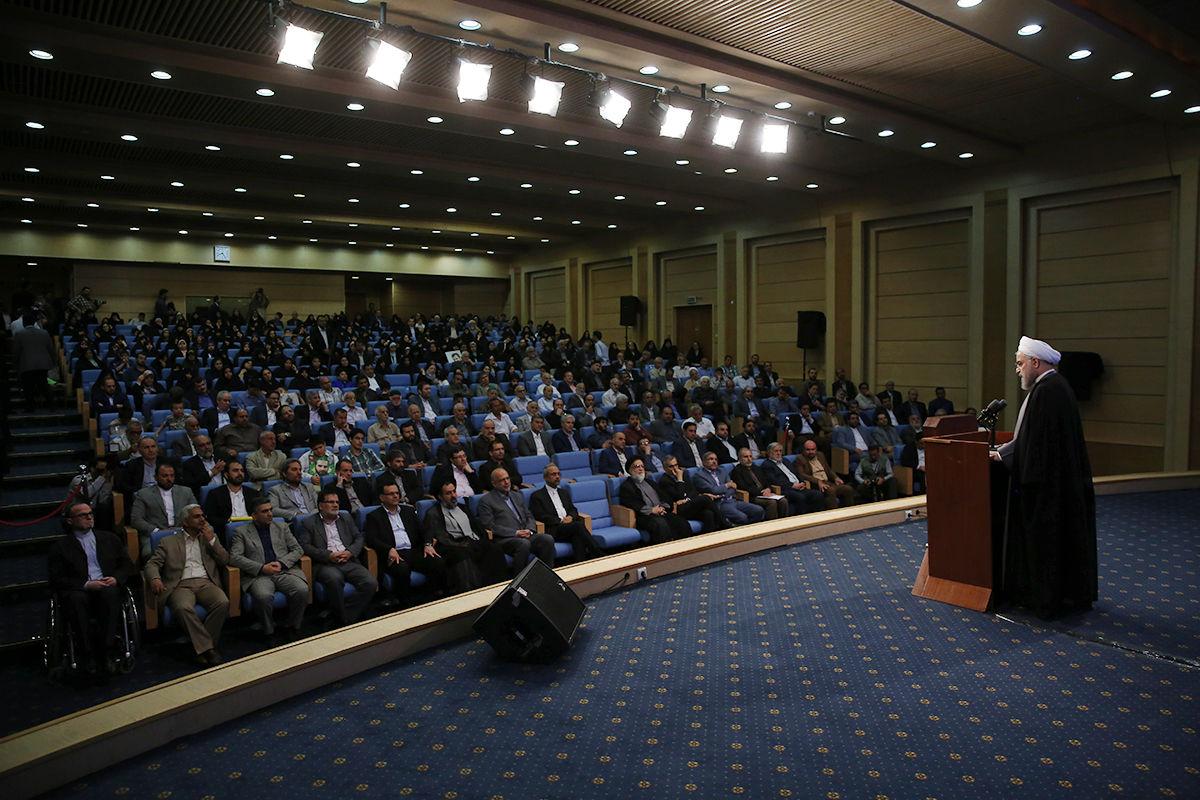 روحانی: دولت ایران از آمریکا شکایت کرده است