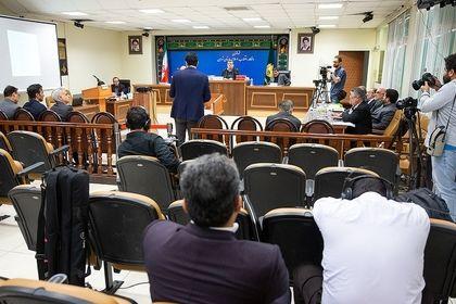 جلسه محاکمه متهمان قاچاق قطعات خودرو +عکس