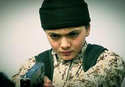 جلاد 13 ساله داعش را ببینید +عکس