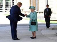 نحوه دست دادن ترامپ با ملکه جنجالی شد! +عکس