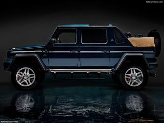 Mercedes-Benz-G650_Maybach_Landaulet-2018-1024-03