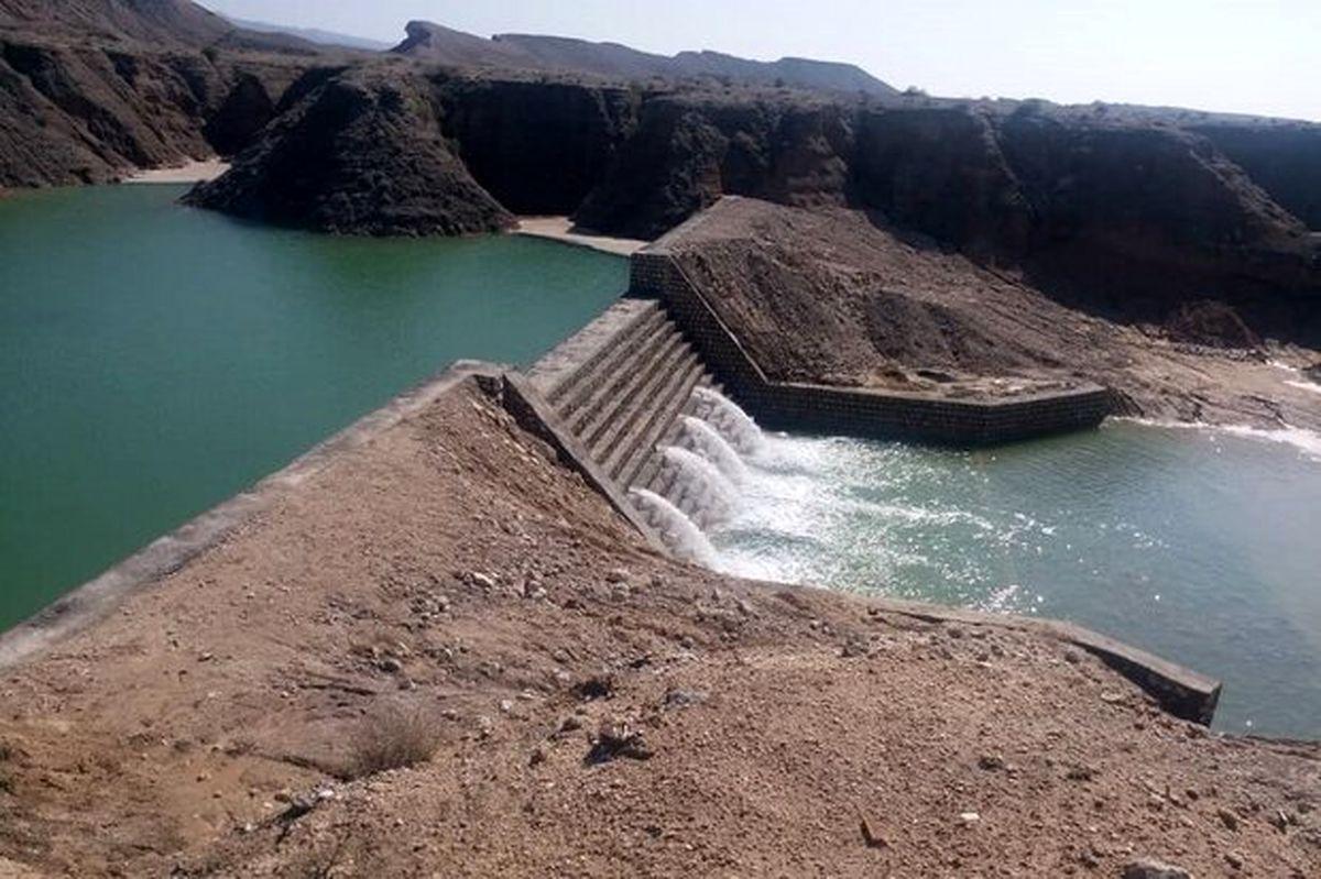 آب سدهای کشور ۱۹درصد کم شد