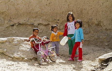 افزایش یارانه کودکان فقیر محروم از تحصیل