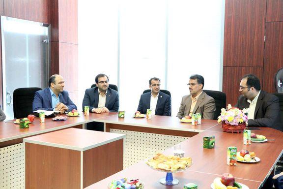 توسعه تالارهای منطقهای در دستور کار بورس/ شعبه کیش کارگزاری بورس بیمه ایران افتتاح شد