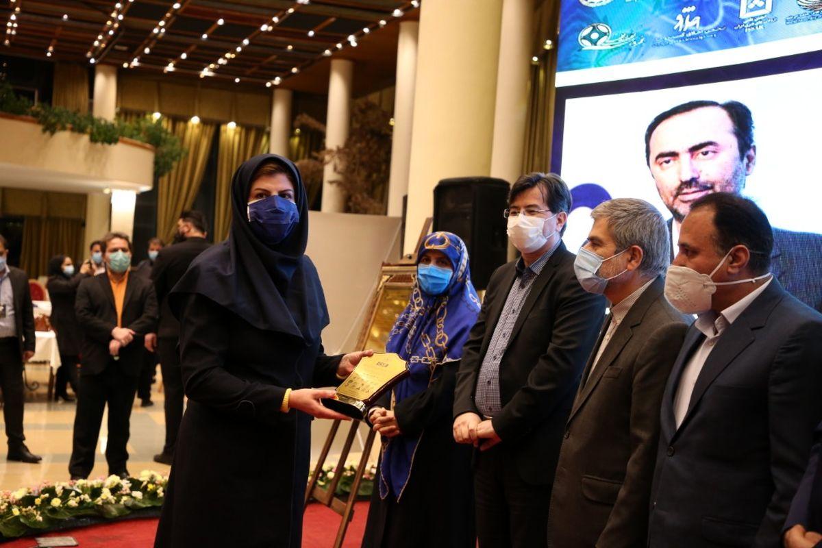 تقدیر از مدیرعامل هلدینگ خلیج فارس در اجلاس مسئولیتپذیری اجتماعی