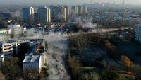 پایتخت لهستان غرق در مه عجیب! +فیلم