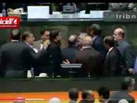 تنش در مجلس هنگام سخنرانی سیف! +فیلم