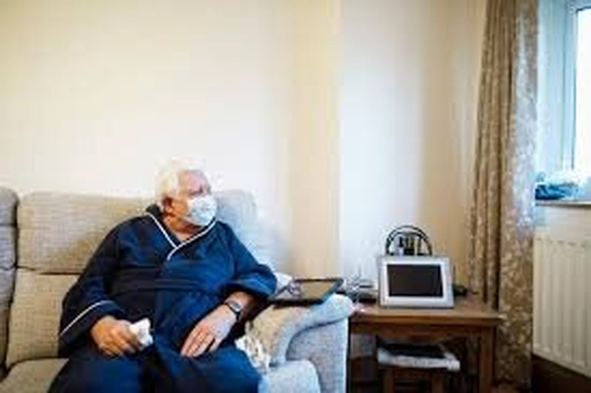 فاصله گذاری اجباری و خانوادگی سالمندان!