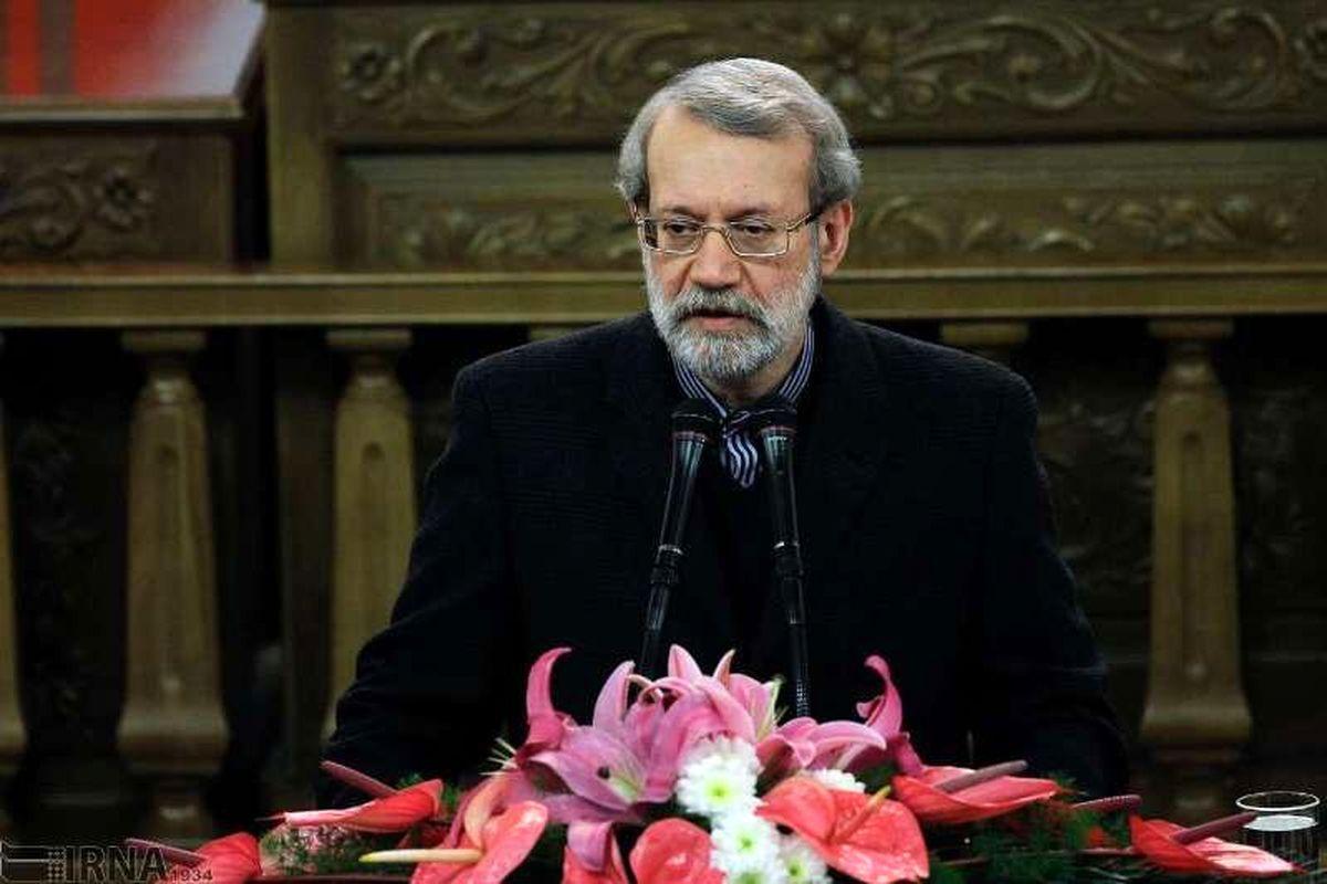 سوال چالش برانگیز علی لاریجانی از رقبایش در انتخابات