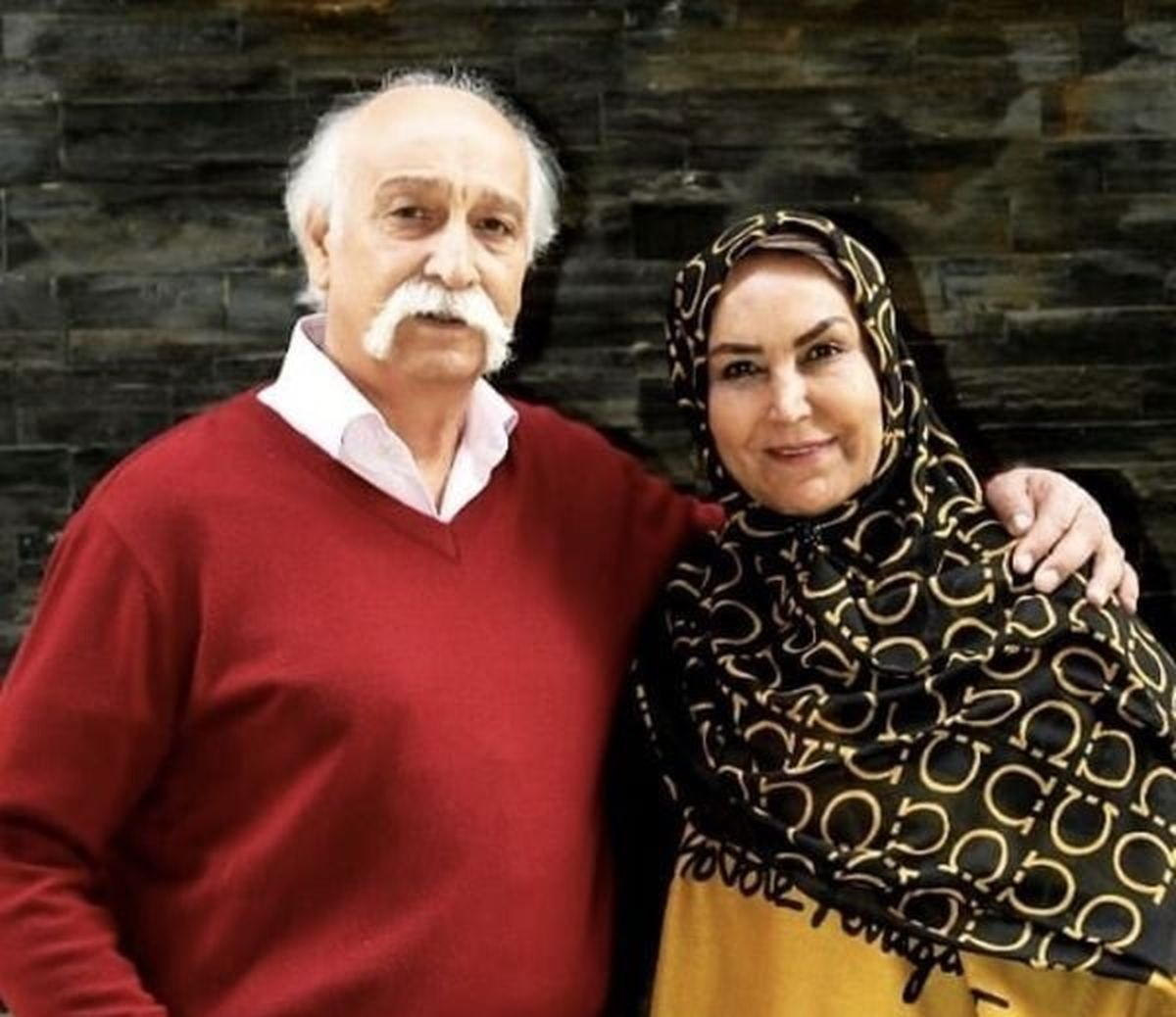 محمود پاک نیت در کنار خانواده اش +عکس