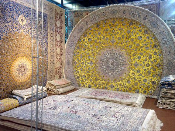 ورود فرش دستباف ایران به بازارهای جدید/ تامین مواد اولیه فرش دستباف در دستور کار