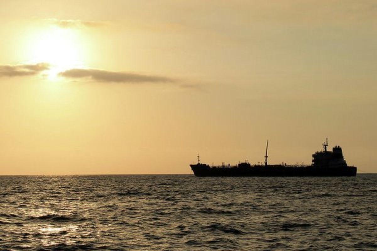 نجات یک نفتکش ایرانی از دست دزدان دریایی