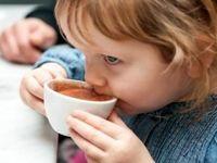 چرا بچهها نباید قهوه بنوشند؟
