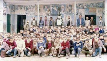 حال و هوای انقلابی مدارس در دهه60 +عکس
