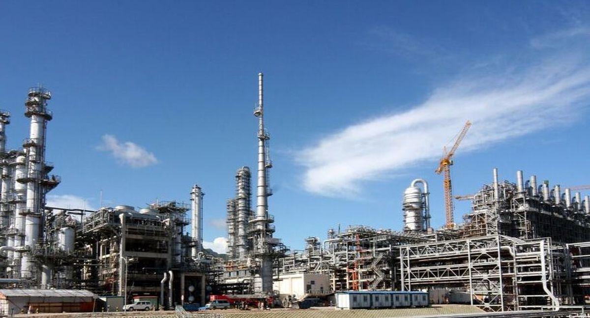 معاملات نفت و گاز در خاورمیانه و آفریقا ۳۳درصد کاهش یافت
