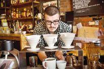 ۱۰میلیون بده، قهوهچـی شو!