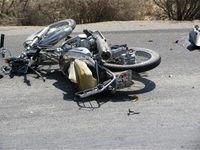 مرگ یک زن در تصادف موتورسیکلت و کامیون +عکس