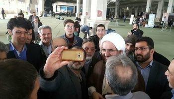 سلفی با امام جمعه موقت تهران +عکس