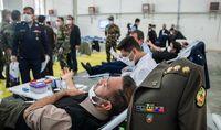 اهدای خون کارکنان ارتش +عکس