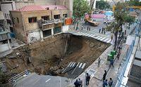 فرونشست زمین به مناطق مسکونی تهران رسید / زمین زیر پای شهر خالی می شود