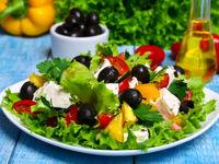 توصیههای غذایی برای زنان بالای ۴۰سال