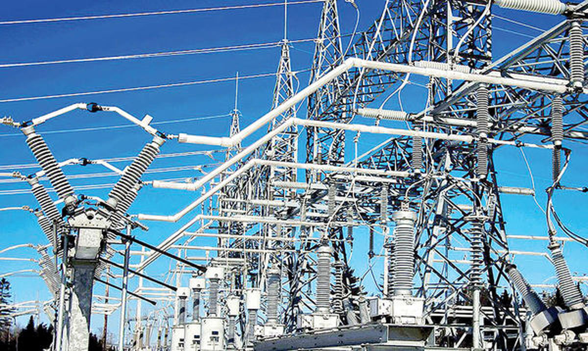 بسیج همه امکانات کشور برای عبور از چالش کمبود برق