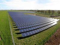 اما و اگرهای وزارت نیرو در افزایش نرخ خرید تضمینی تجدیدپذیرها/ ظرفیت تولید برق انرژی خورشیدی از انرژی باد سبقت گرفت