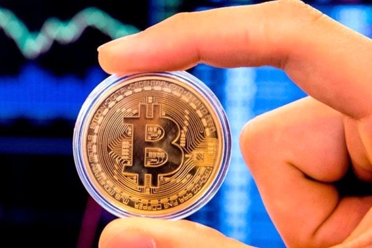 آینده مبهم بیت کوین به دنبال سقوط خطرناک / رمزارز معروف به ۳۰هزار دلار می رسد؟