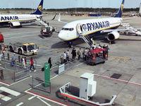 اعتصاب کارکنان رایان ایر صدها پرواز در اروپا را زمینگیر کرد